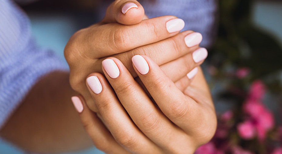 Начинаем восстановление: 5 лайфхаков, чтобы укрепить ногти вдомашних условиях