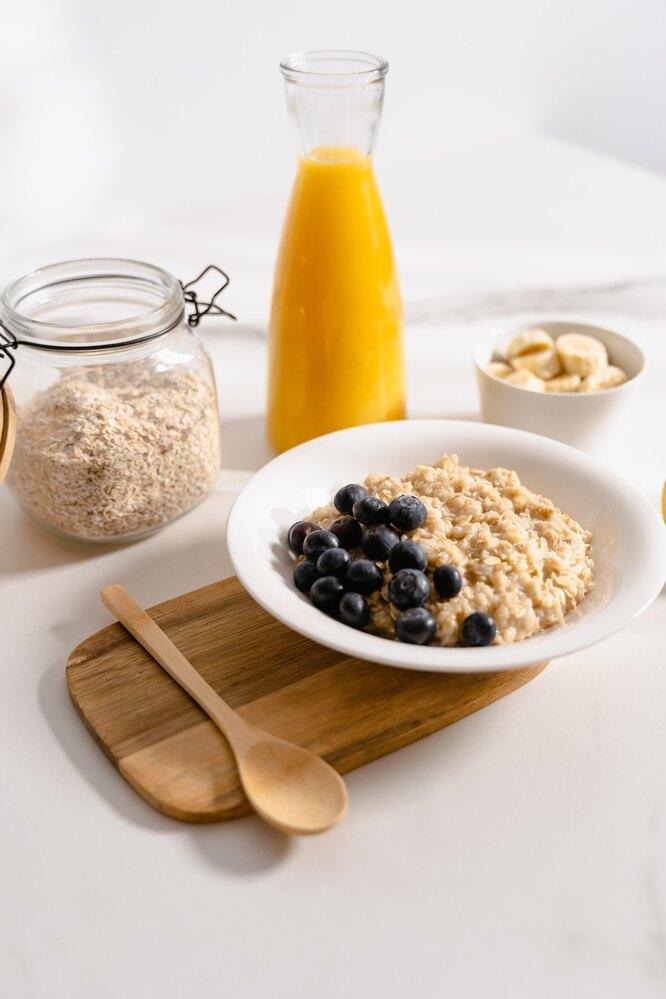 Завтрак, овсянка, какие продукты ускоряют метаболизм