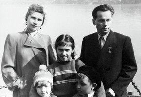 Как Михаил Калашников женился на красавице-чертежнице и воспитал четверых детей