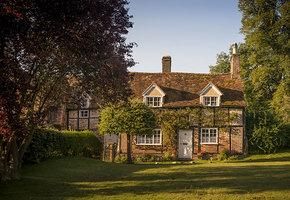 В Англии продается дом с тремя спальнями, садом и телом предыдущего хозяина