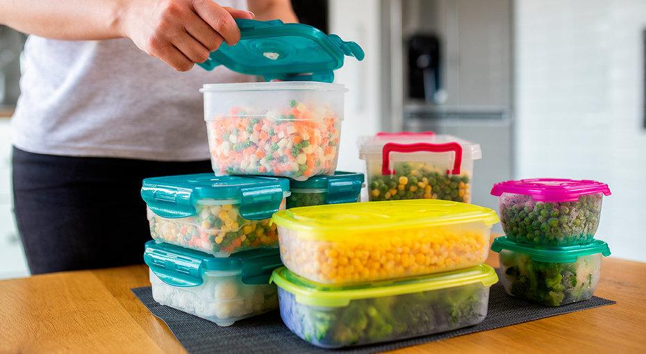 Почему продукты нельзя хранить впищевой пленке ипакетах
