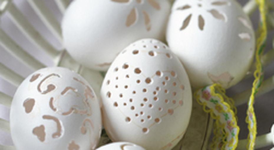 Ажурный узор напасхальных яйцах
