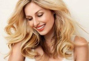 Решаем 4 главные летние проблемы с волосами