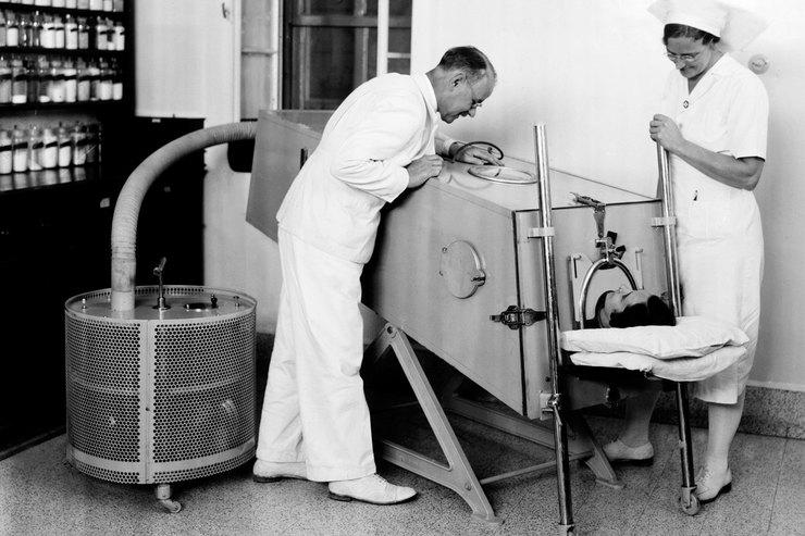 Первый современный ипрактичный респиратор «Железное легкое»