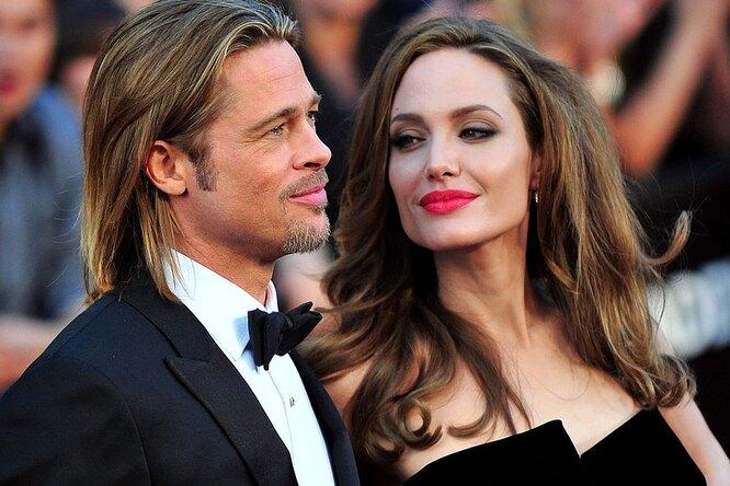 Анджелина Джоли иБрэд Питт официально развелись спустя два года после расставания