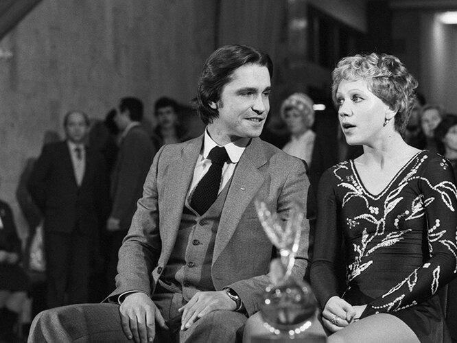1 декабря 1981 г. Кира Иванова с тренером, двукратным чемпионом мира Владимиром Ковалевым.