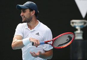 Красавчик, обыграл бывшего Шараповой: 7 фактов о теннисисте Аслане Карацеве