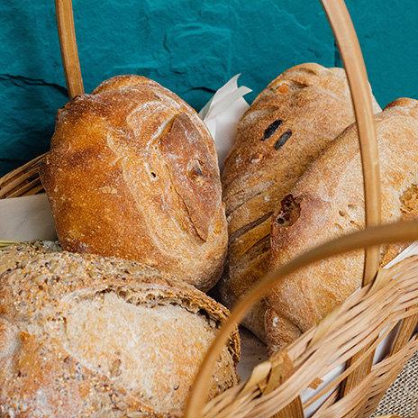 Рецепт сырного, лукового ичесночного хлеба