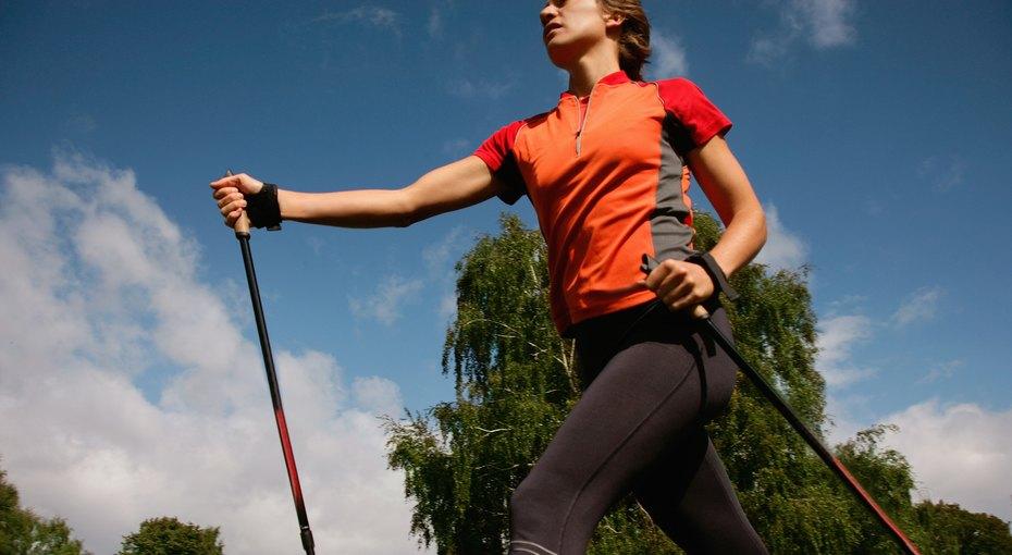 Скандинавская ходьба: зачем она нужна?