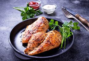 Рецепты звёзд: куриная грудка в соевом соусе от Мерьем Узерли