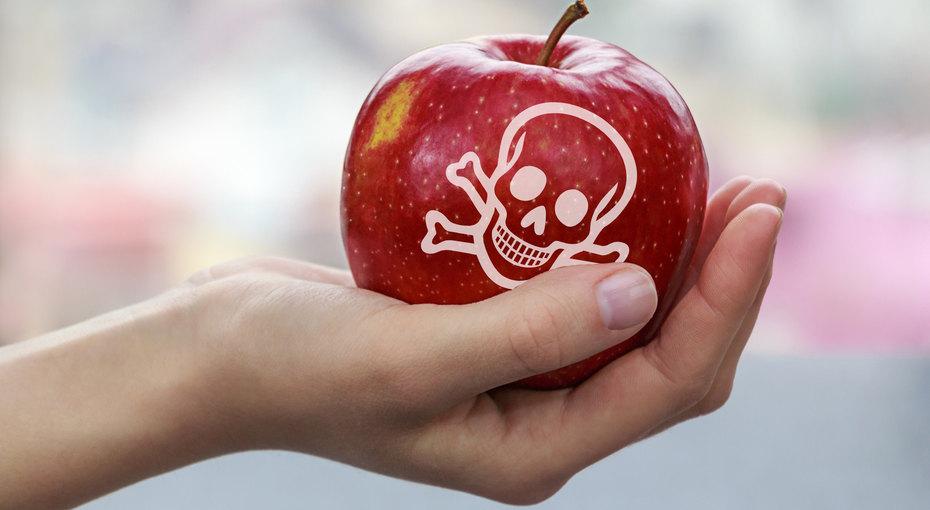 8 потенциально опасных продуктов, которые есть настоле укаждого