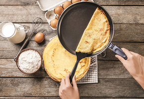 Блин не комом: сковорода, блинница, чудо-лопатка и ещё 10 вещей для жарки блинов