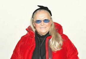 «Какая фигура»: 73-летняя Татьяна Михалкова в эффектном наряде вышла в свет