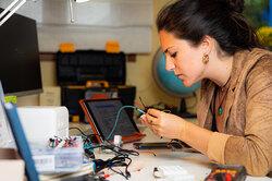 23-летняя Худит Хиро Бенет изобрела домашнее устройство дляскрининга РМЖ