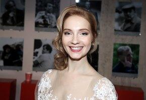 Играет актрису-аферистку, замужем за звездой «Кухни»: 7 фактов о Марии Луговой