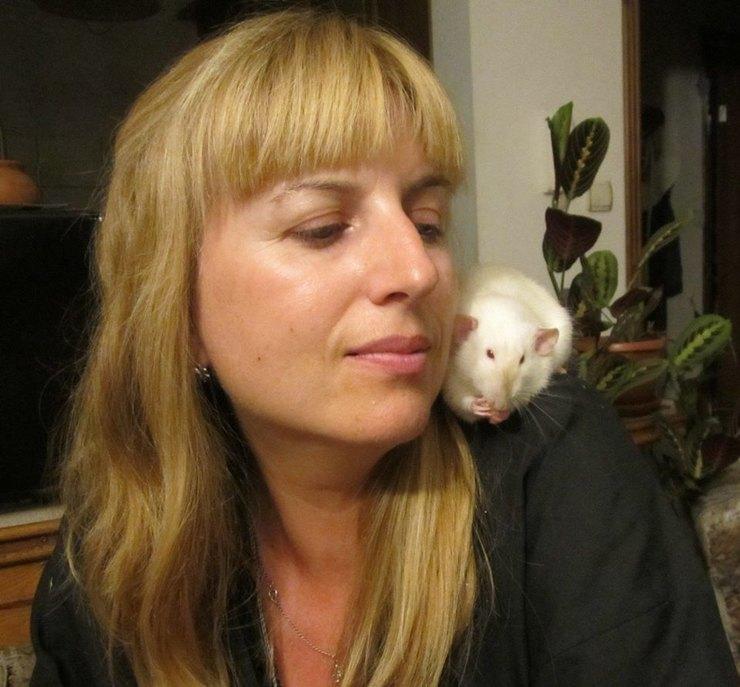 Алена Караваева иее крыса