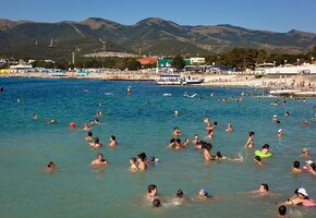 Не время для моря: российский курорт бьет рекорды по числу случаев коронавируса