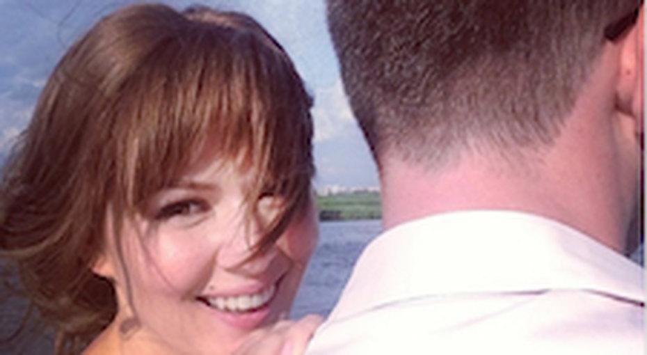 Мария Кожевникова прячет мужа