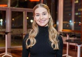 «Очень стильно»: Кристина Асмус коротко подстриглась