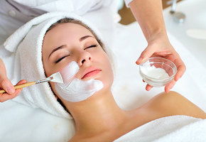 5 причин обратиться к косметологу до 30 лет