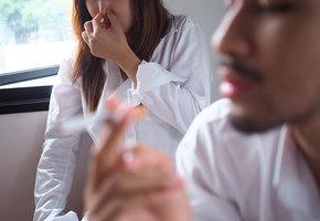 Пассивное курение: как не дать чужим вредным привычкам нам навредить