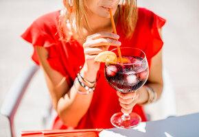 5 летних освежающих напитков: моктейль, сангрия, шорле и лимонады