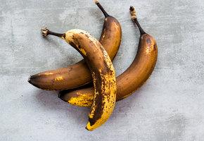Что делать с перезревшими бананами? Только не выбрасывать!