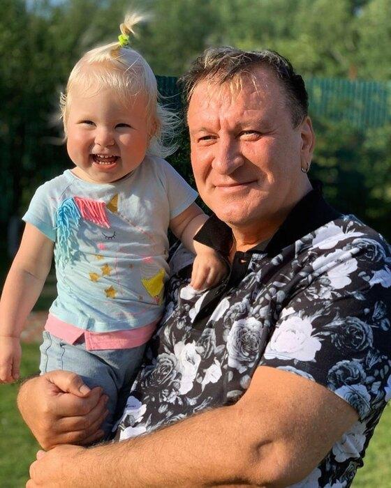 Сергей Пенкин свнучатой племянницей Лизой
