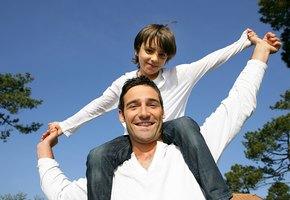 Отец-Телец и компания: гороскоп пап по знаку Зодиака