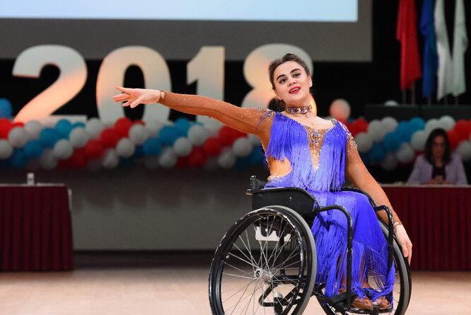 Нурсина Галиева – чемпионка Россиипо танцам на колясках. Фото: Татьяна Дячинская