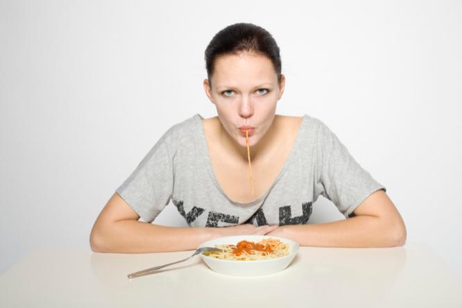 Почему вы все время голодны? 6 тайных причин дискомфорта
