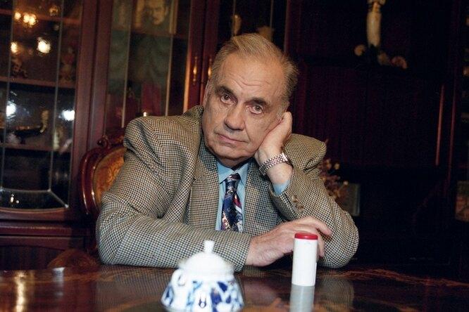 В сети появилось архивное фото Эльдара Рязанова иБеллы Ахмадулиной