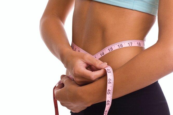 Лечь на15 минут раньше, чтобы худеть быстрее: работающие правила снижения веса