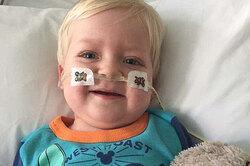 Пасхальное чудо: неизлечимо больного ребенка отключили отИВЛ, ион очнулся