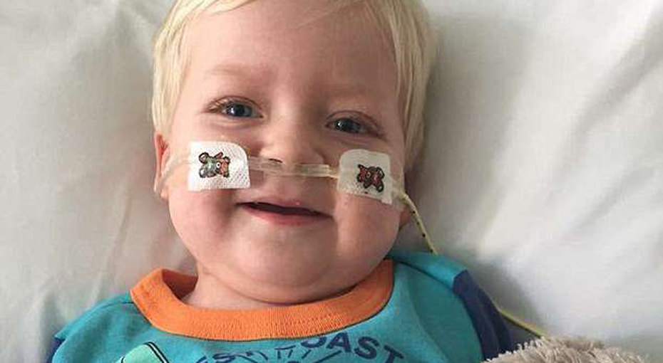 «Он очнулся!» Неизлечимо больного ребенка отключили отсистемы жизнеобеспечения, ислучилось чудо