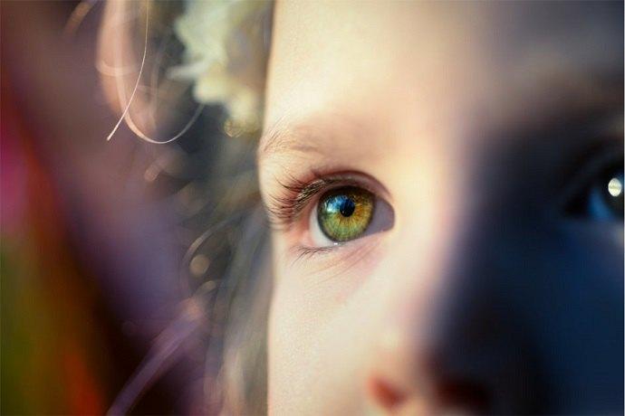 Как должен выглядеть здоровый глаз