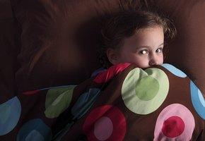 7-летняя девочка обнаружила в детской нового «друга», но родители ей не поверили. А зря!