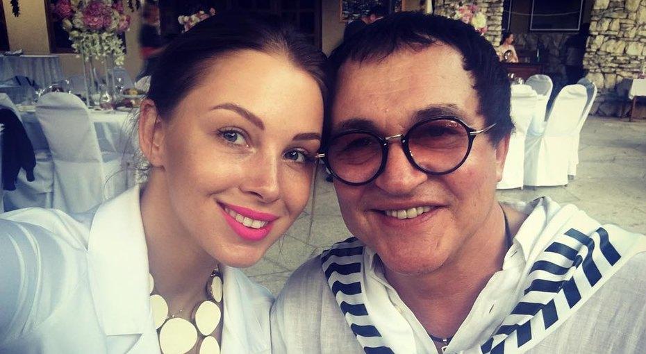 «Стану бабушкой вянваре»: 29-летняя Полина Диброва шокировала поклонников признанием
