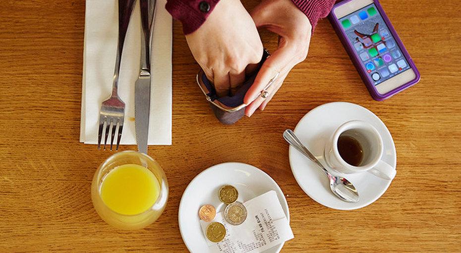 Не обижайте официанта. Правила чаевых вразных странах