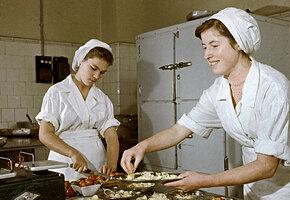Сумеете ли вы приготовить меню на весь день по советским лайфхакам и не сбиться?