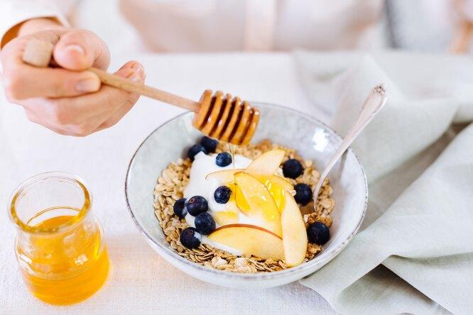Карантинное меню: чем заменить сахар и магазинные сладости, чтобы не набрать вес?