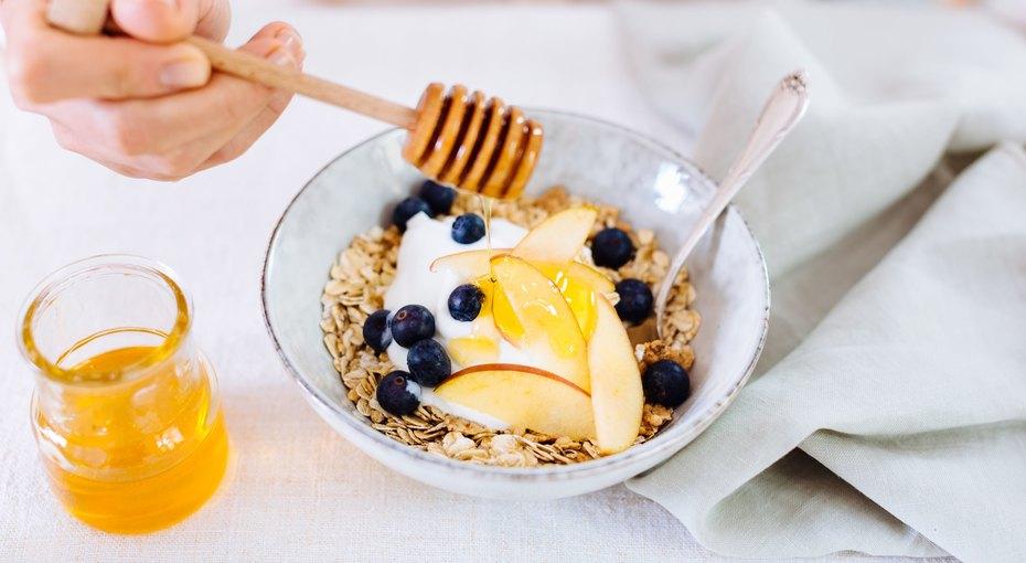 Карантинное меню: чем заменить сахар имагазинные сладости, чтобы ненабрать вес?