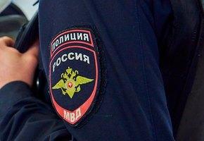 В Петербурге спасли двухлетнюю девочку, которую мать едва не выбросила из окна