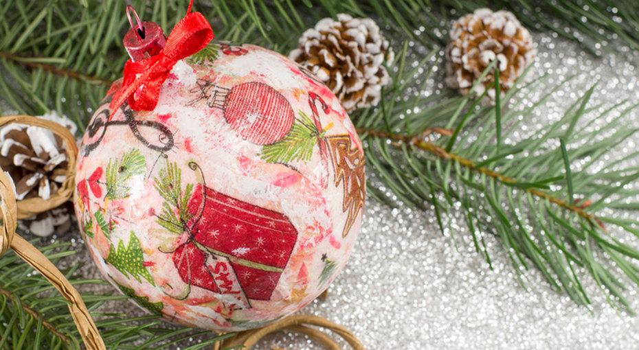 Декупаж новогодних шаров - мастер-класс