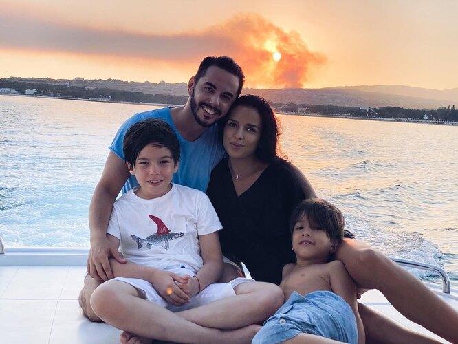 Тимур Родригез с семьей. Фото из личного архива