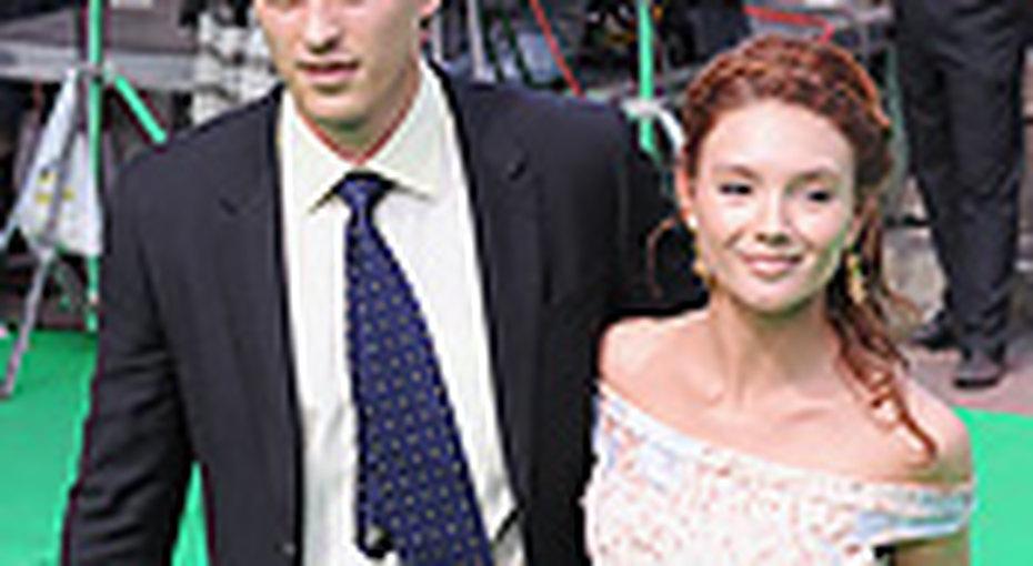 Василий Степанов решил жениться
