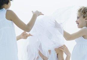 Невеста возмутилась из-за свадебного платья. И теперь ей стыдно