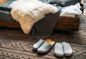10 модных тапочек для дома: ваша жизнь на дистанте сразу наладится!