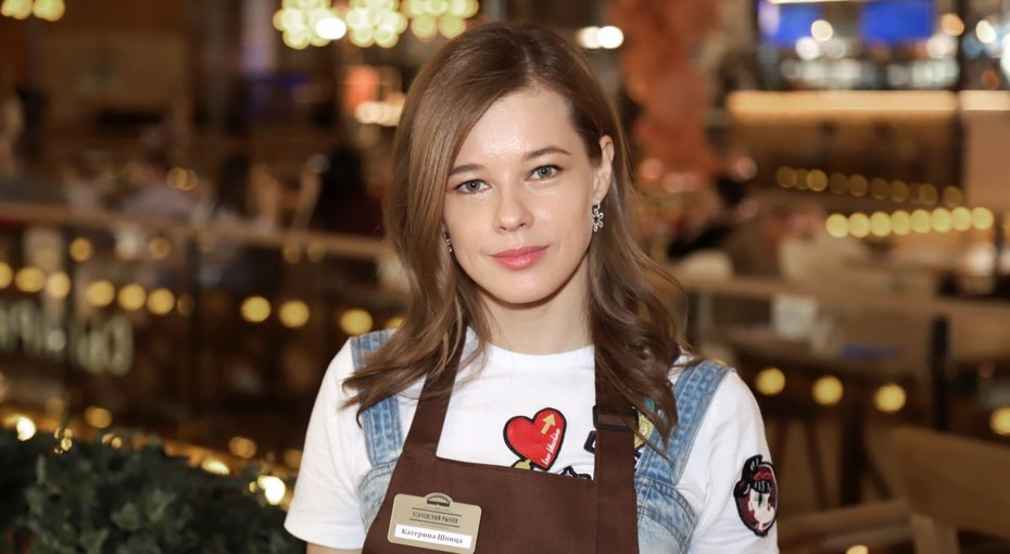 «Ты стала красавицей»: Катерина Шпица восхитила поклонников новым фото вкупальнике