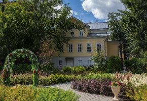 В особняке «Дом Клюева» на территории Московского зоопарка возрождают традиции салонов